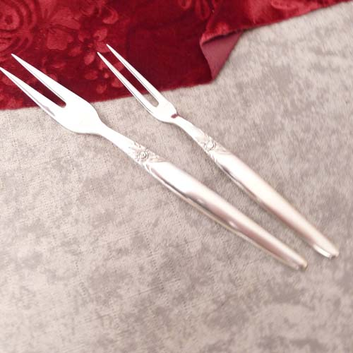 Seibel Kleeblatt Rose 2 Meat Forks 100 silverplated